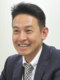 董事長 大塚 泰弘