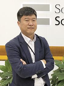 総経理 劉 永俊